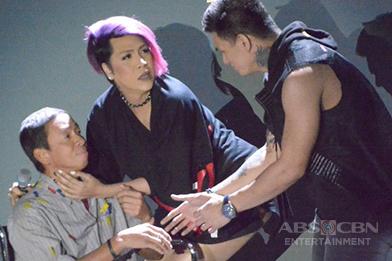 IN PHOTOS: Vice and Kuya Kim's performance for Magpasikat 2016