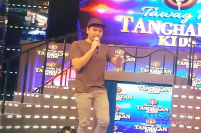 WATCH: Jex De Castro sings Love On Top during commercial break on It's Showtime
