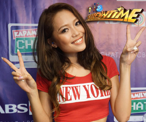 GirlTrends' Miho's 5 signature poses