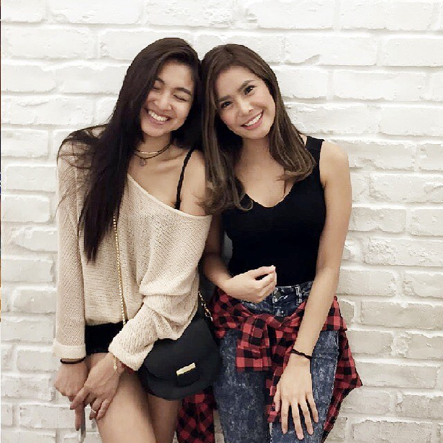 9 photos of Nadine and Myrtle that perfectly describe their friendship