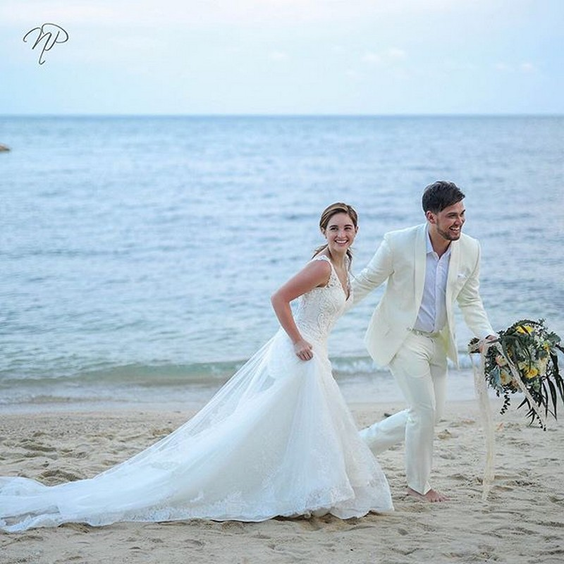 More of BiCol's wedding prenuptial shoot HERE: