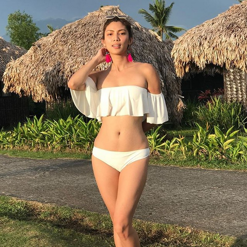 Brainy na, body goals pa! Check out Miss Q & A Hurado Nicole Cordoves' jaw-dropping photos in this gallery!