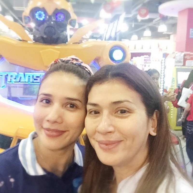 LOOK! 17 photos of Karylle with her ultimate kalokalike!