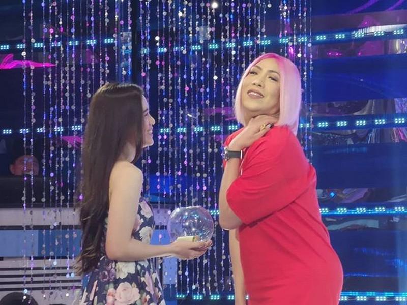 Missing 'Ate Girl' Jackque? Balikan ang mga sweet moments nila ni Vice Ganda sa It's Showtime!