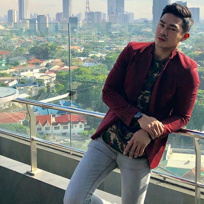 ION vs GREG: Meet It's Showtime's handsome 'Kuya Escorts' in these 35 photos