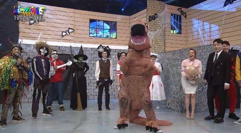 IN PHOTOS: It's Showtime family, ibinida ang kanilang mga Halloween costumes!