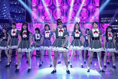 Pretty AKB48 group pinasaya ng madlang people